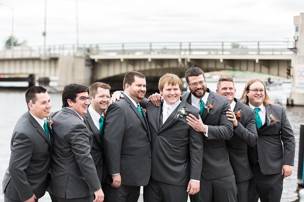 Oshkosh Wedding Photographer_0027.jpg