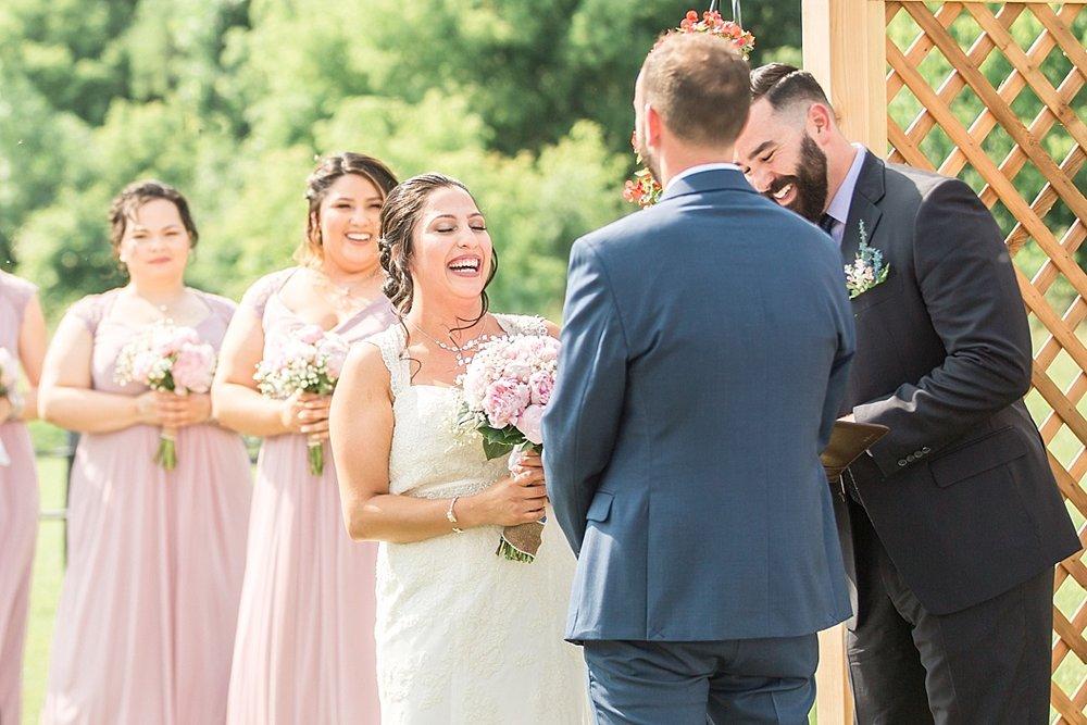 Milwaukee Backyard Wedding_0021.jpg