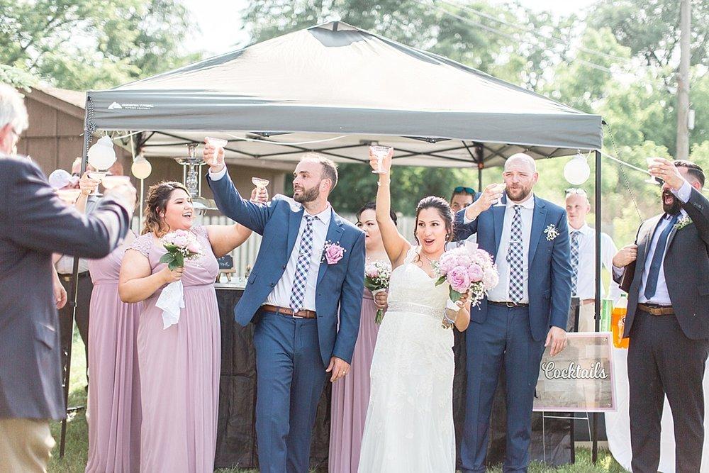 Milwaukee Backyard Wedding_0026.jpg