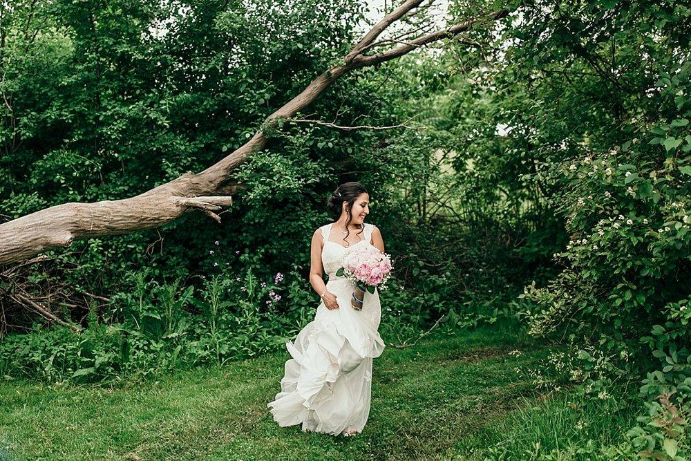 Milwaukee Backyard Wedding_0044.jpg