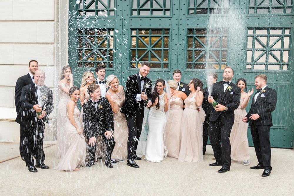 Milwaukee Wedding photographer-317.jpg