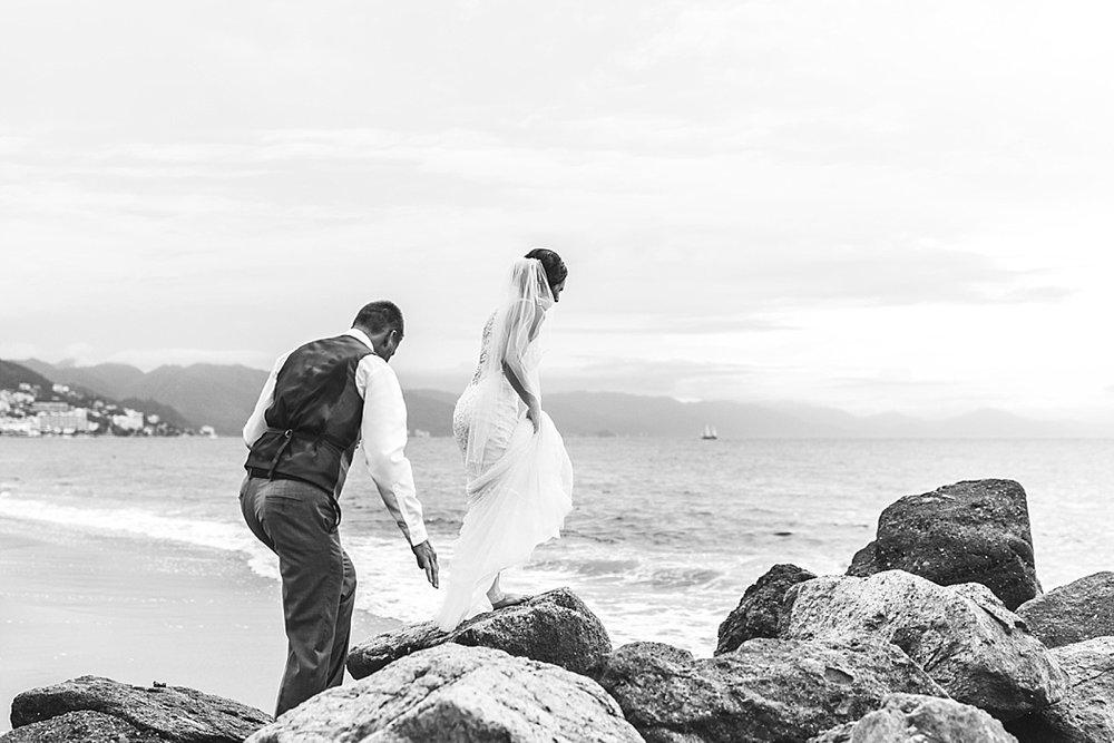 Lottie Lillian - Destination Wedding Puerto Vallarta_0061.jpg