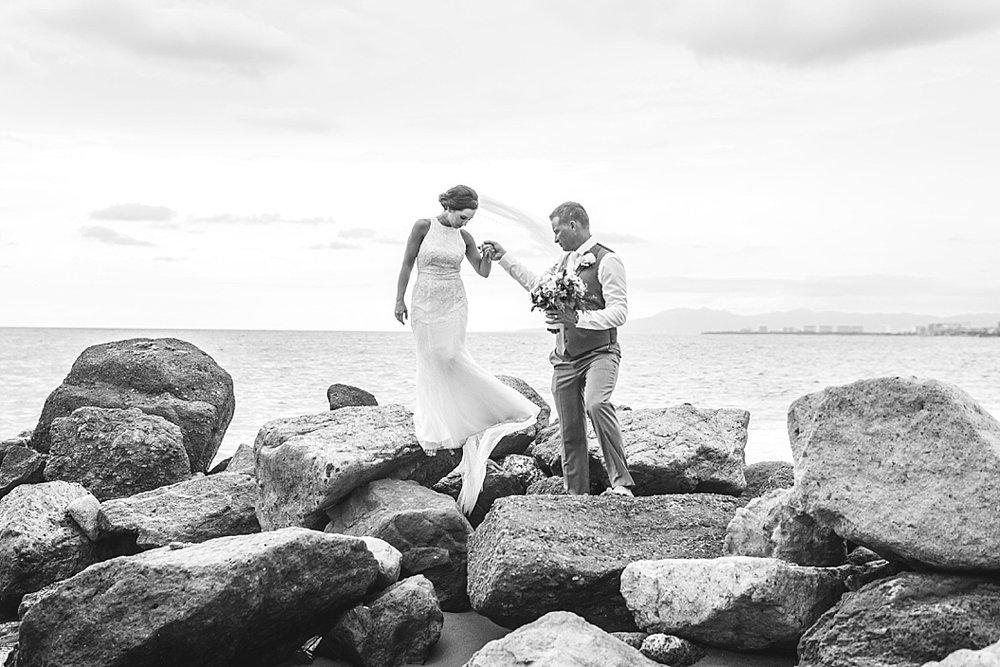 Lottie Lillian - Destination Wedding Puerto Vallarta_0067.jpg