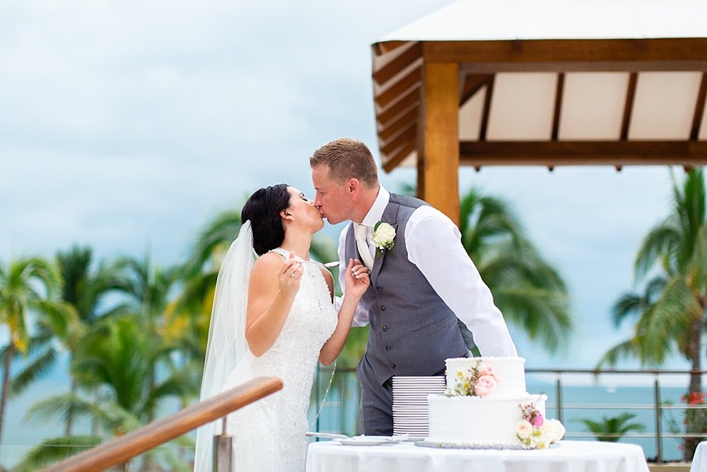 Lottie Lillian - Destination Wedding Puerto Vallarta_0101.jpg