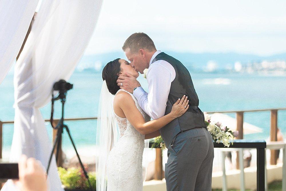 Lottie Lillian - Destination Wedding Puerto Vallarta_0129.jpg