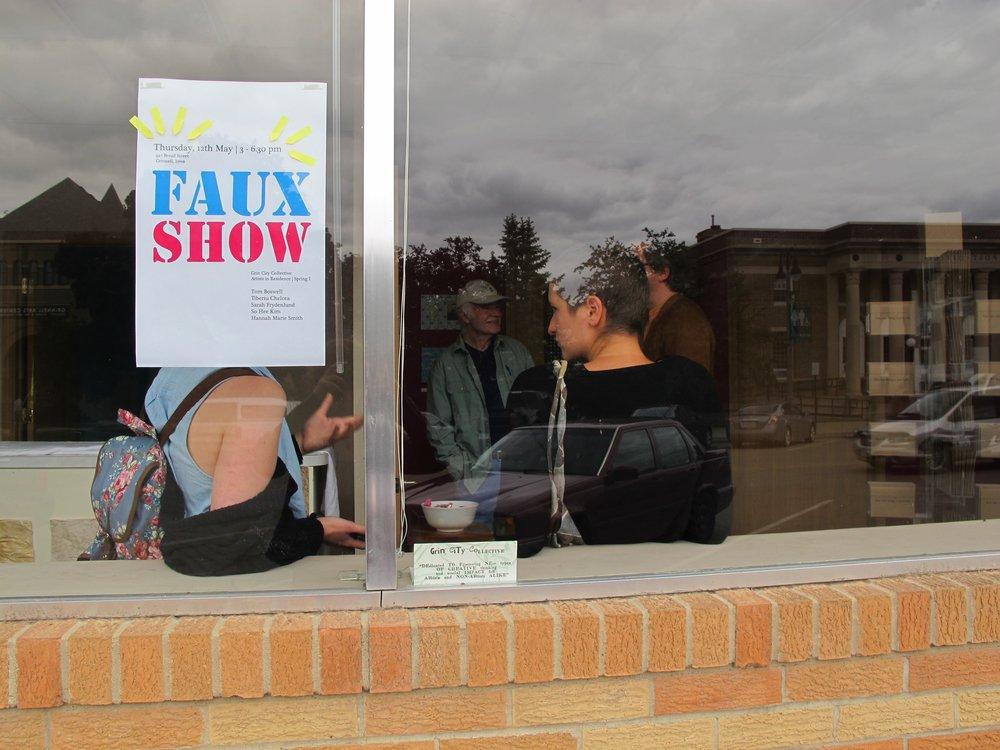 """""""Faux Show"""""""
