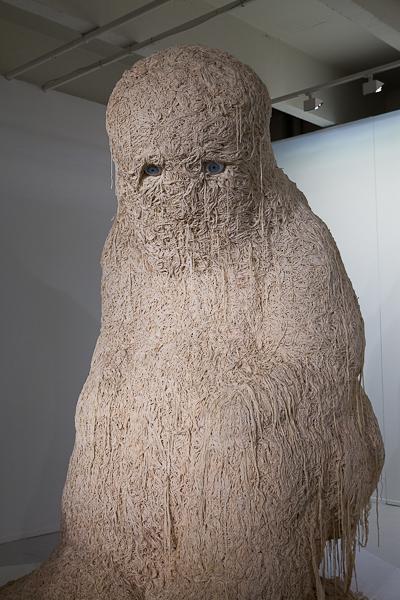 Le Solitaire (2010) de Théo Mercier, vu à l'exposition PHANTASIA, à Lille.