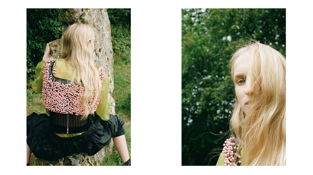amber_mahoney_lula_japan_english_countryside_fashion_editorial_film_007.jpg