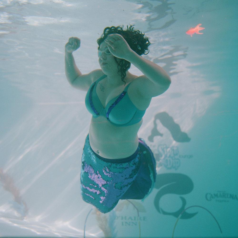 amber_mahoney_mermaid_001.jpg