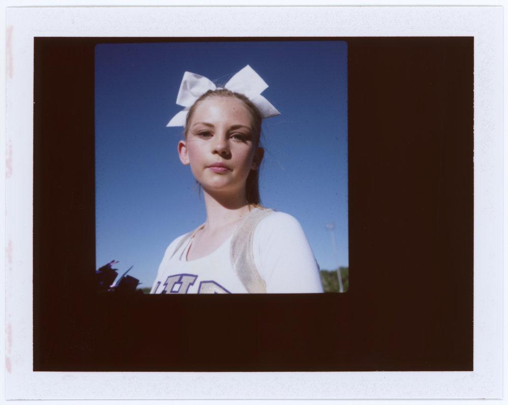amber_mahoney_cheerleaders_001.jpg