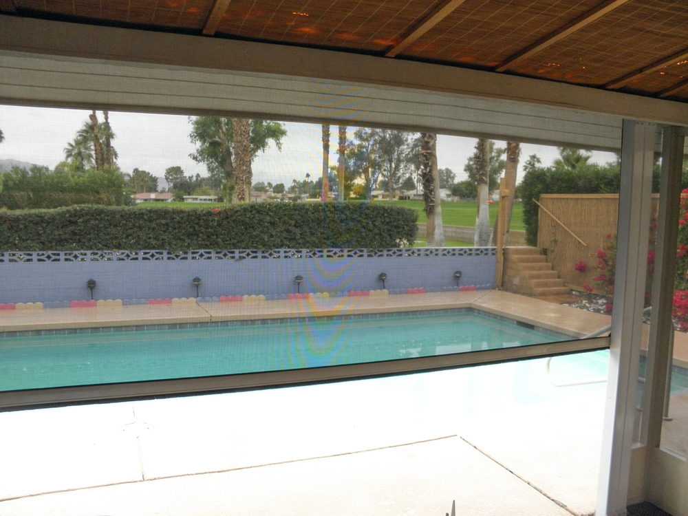 Fully Retracted Shade Screen, 92211