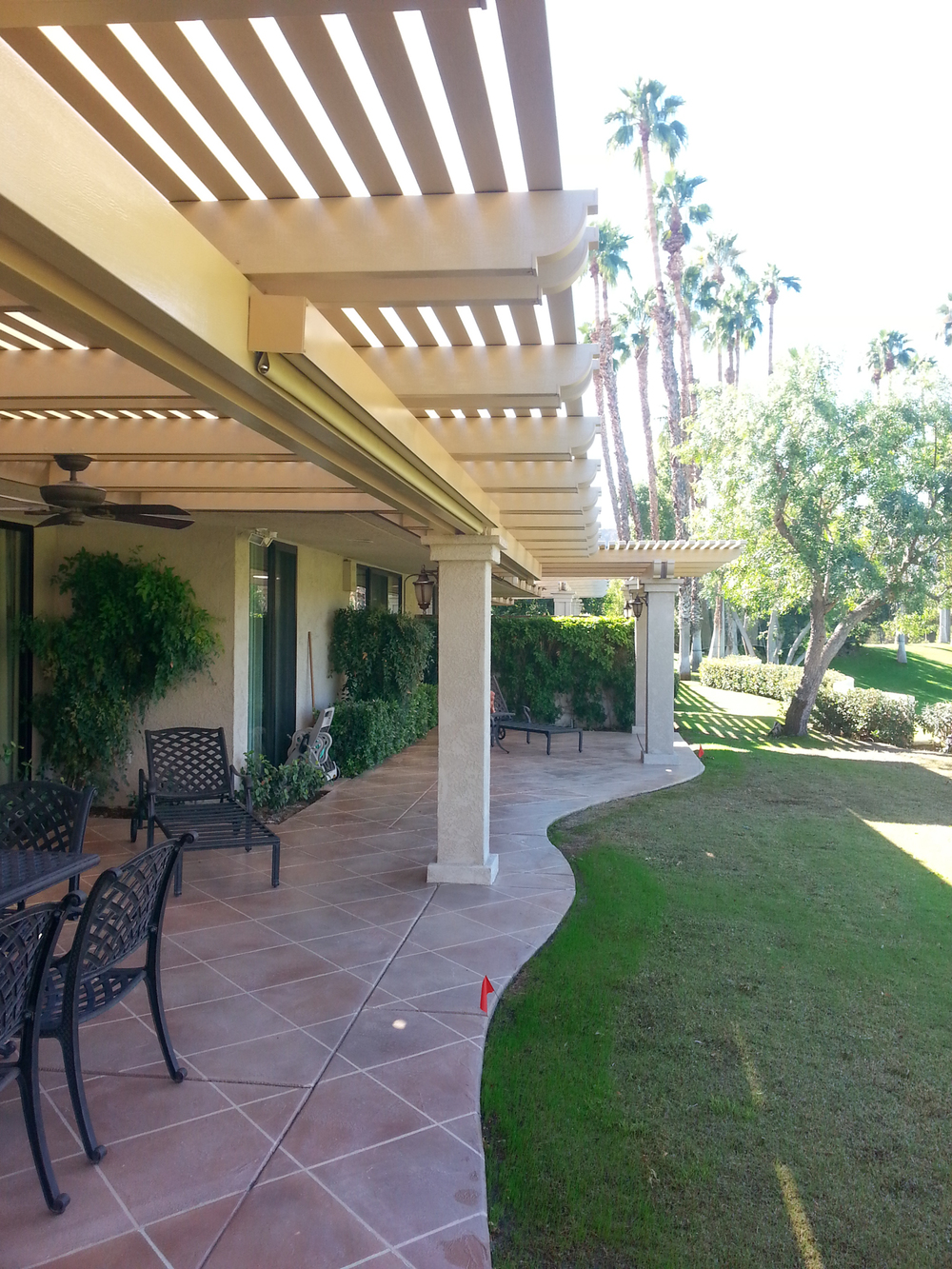 Retractable Patio Shade Screen, Rancho Mirage, CA 92270
