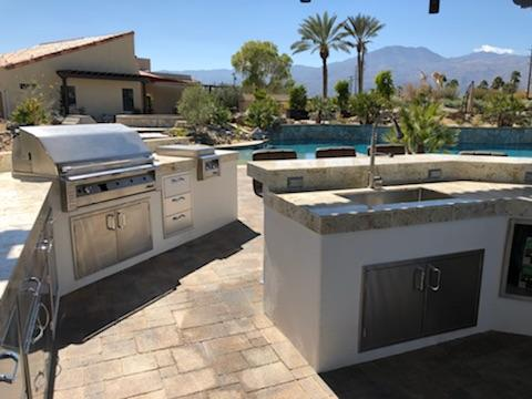 Outdoor Kitchen with Alfresco Barbecue