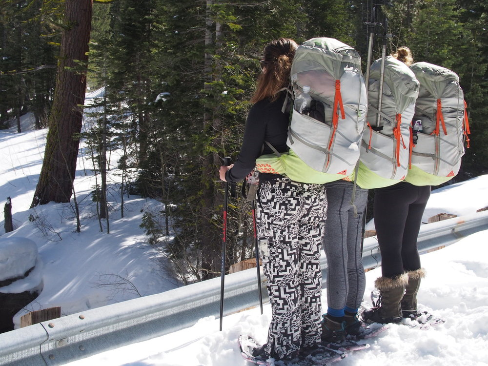 <b>SIERRA SNOWSHOE CAMPING</b>