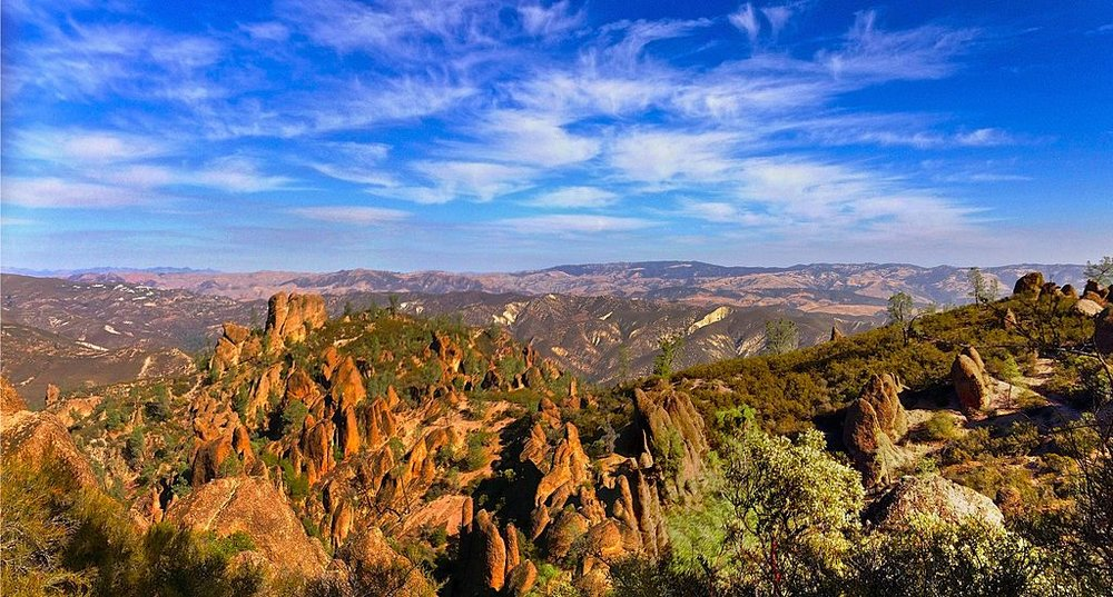 Pinnacles_National_Park_view.jpeg