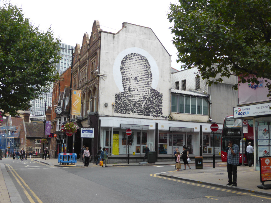 WINSTON CHURCHILL - CROYDON, LONDON