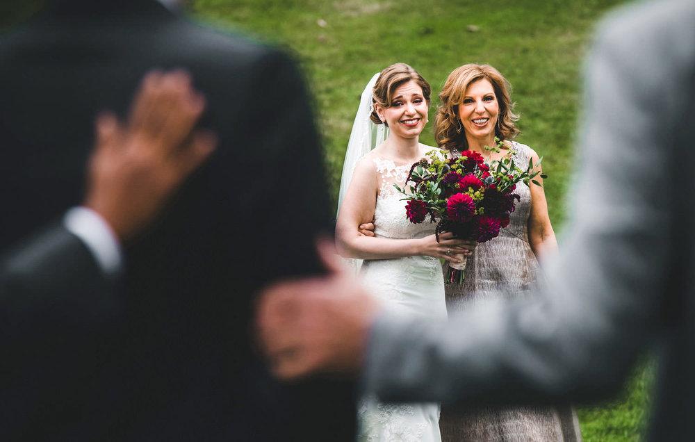 Wedding-Photographer-Moments-03.jpg