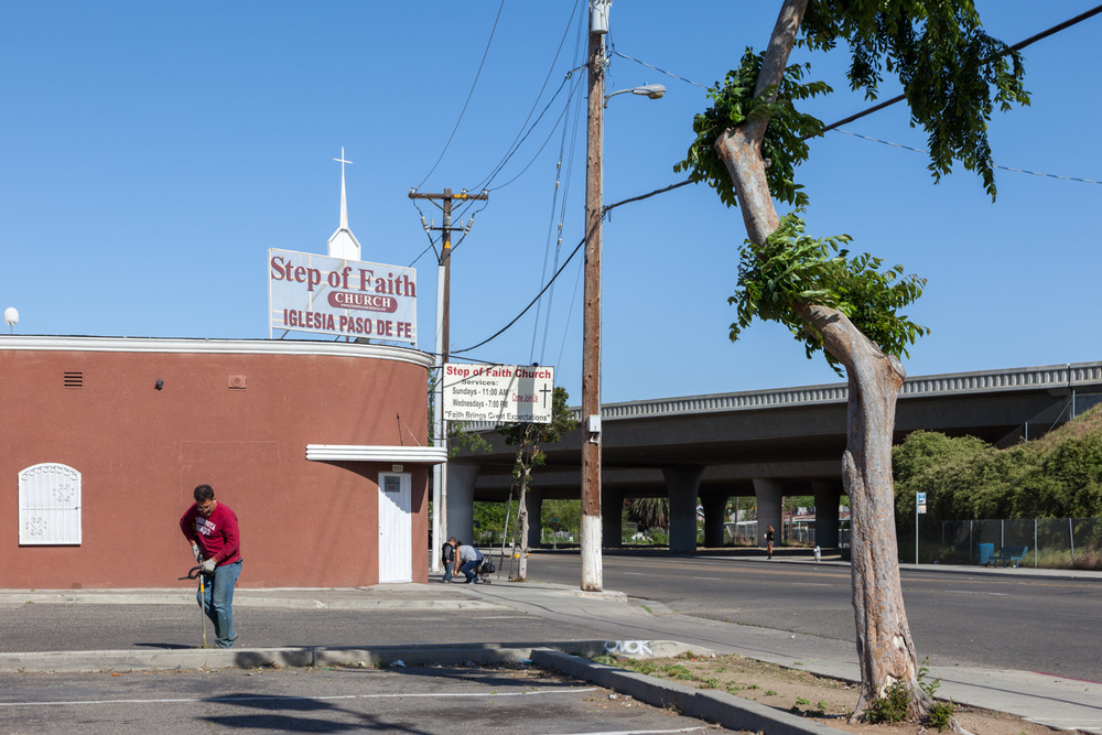 East Belmont Avenue, Fresno