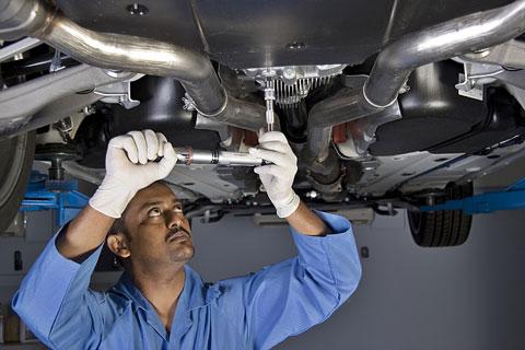 auto-mechanic-480.jpg