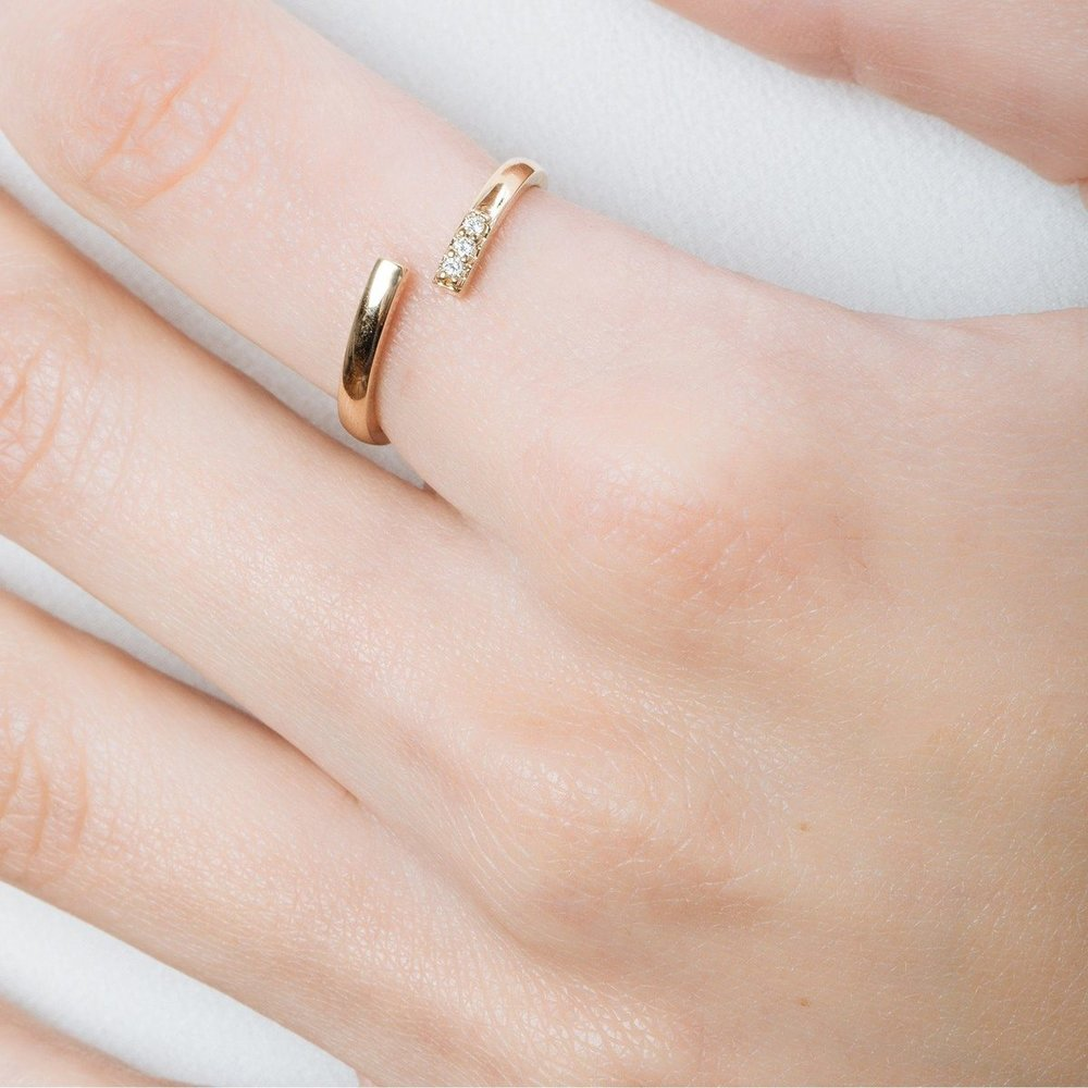 Mini Wraparound Ring with Diamonds