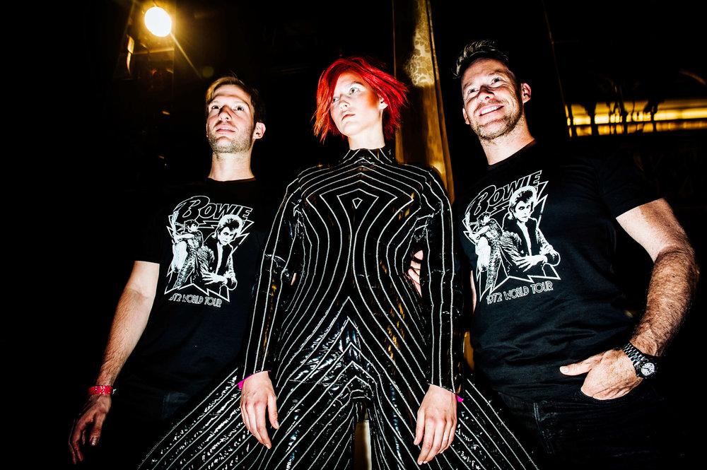 cfda-backstage-bowie-tribute-05.jpg