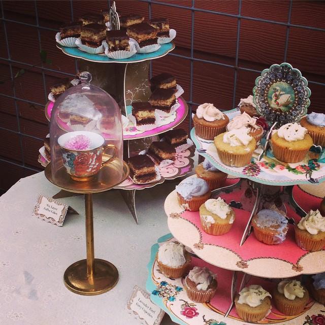 Cute Cupcake Dessert Bar.jpg
