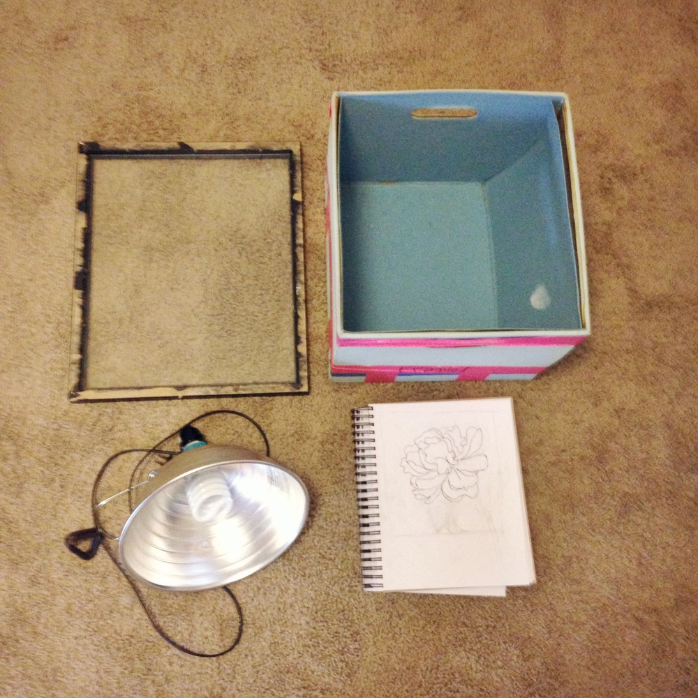 DIY Light Table // www.lydiamakepeace.com