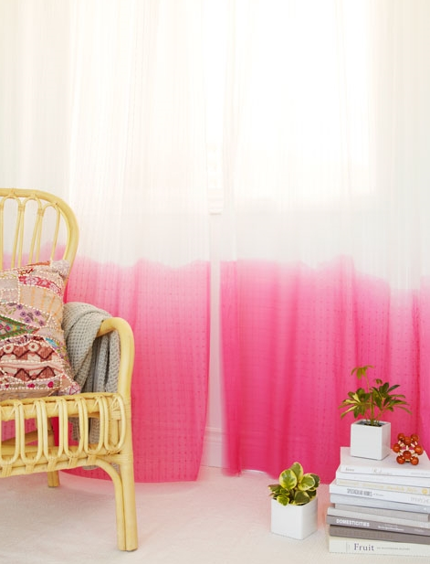 Cat's Crafts DIY Dip-Dye Curtains