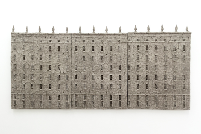 Untitled, 2014, unfired clay, 84 x 175 cm