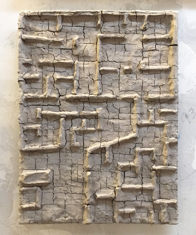 Untitled-14 , 2014, unfired clay, 37 x 26 cm
