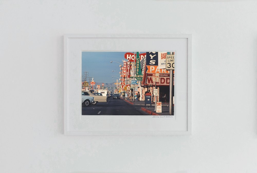 Architettura Minore on The Strip, Las Vegas , 1966. Giclée pigment on Hahnemuhle archivalpaper, 45.5 x 30.3 cm (framed), Edition of 10