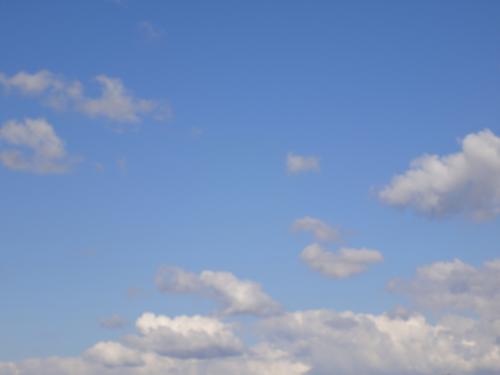 Blauer Himmel über Bauschheim - wie gemacht für die Ankunft von Au-Pair FÜNF