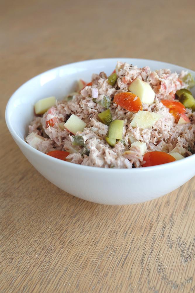 tonijn-appel-augurk-salade.jpg
