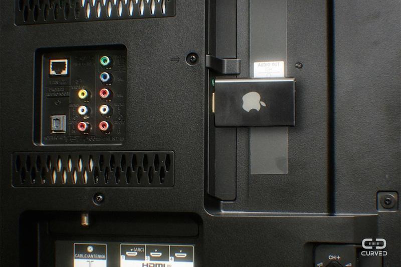 """""""Apple TV Air"""" conectada a uma entrada HDMI duma TV"""
