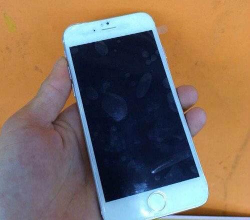 silver-iphone-6-mockup-1.jpg