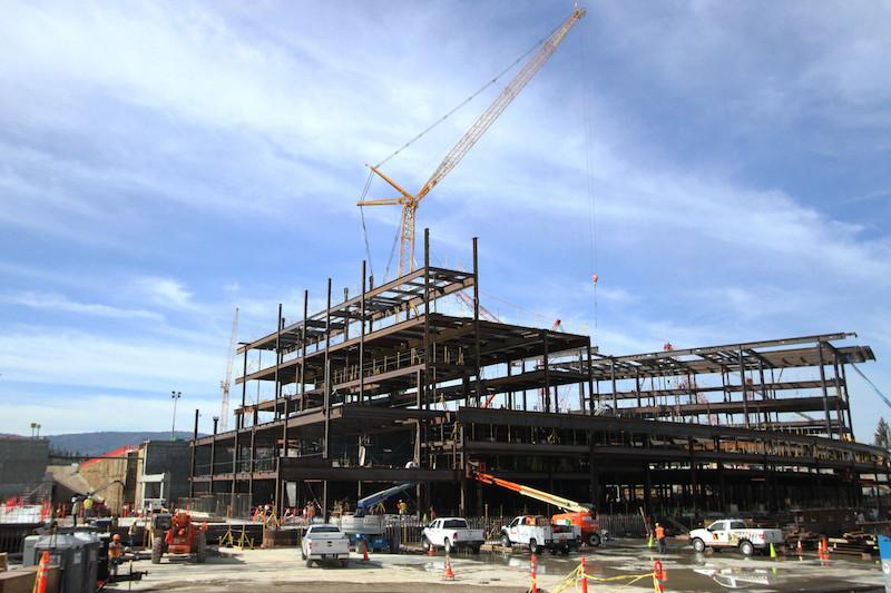Imagem do escritório principal do Apple Campus 2