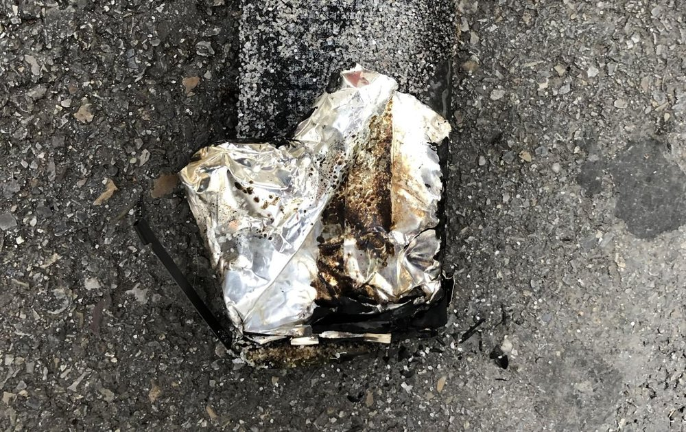 iPhone Incendiado Apple Bahnhofstrasse 3.jpg