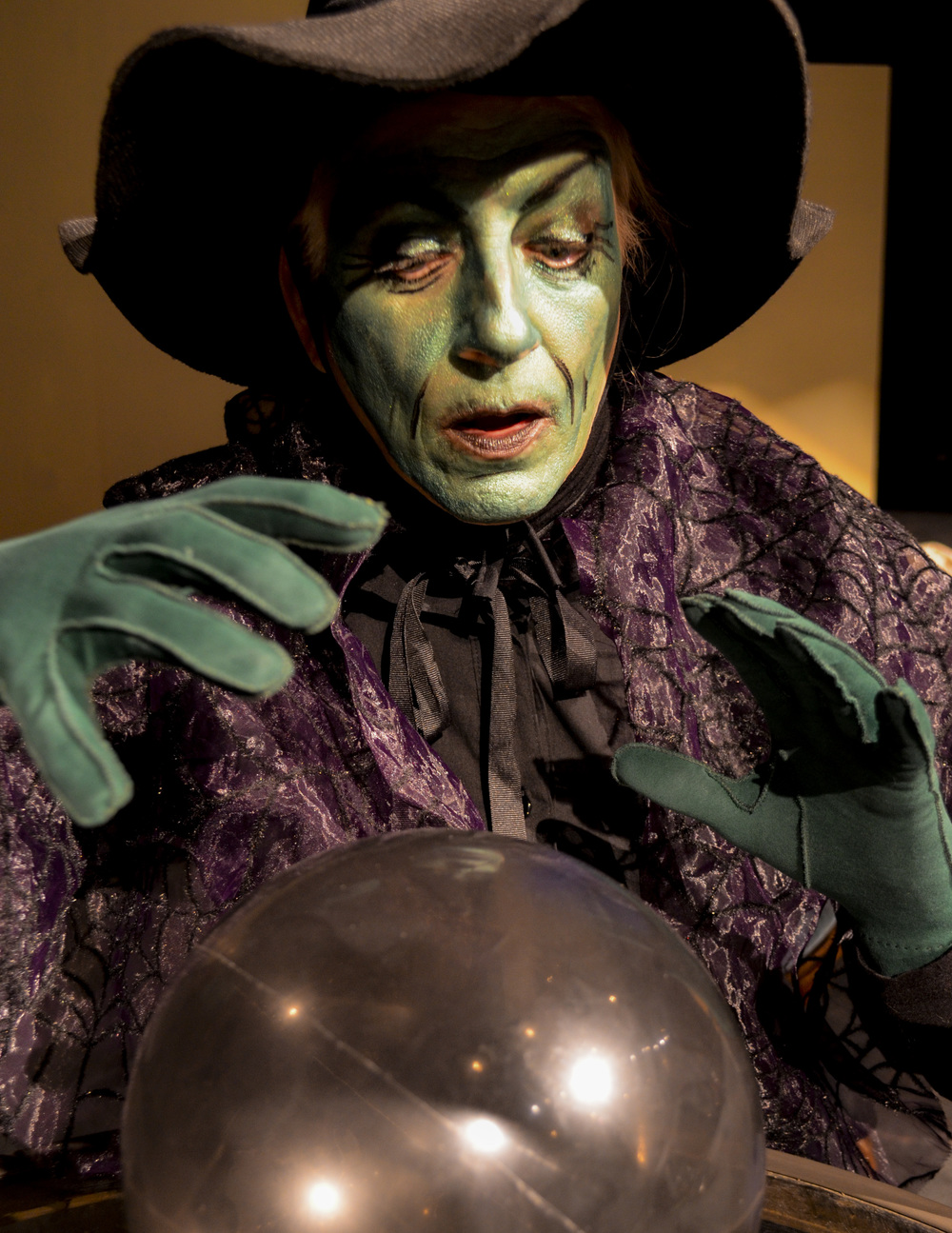 Wicked Witch crystal ball.JPG