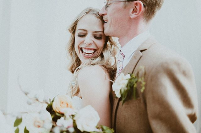 Those smiles 😍 . . . . . #wedcolorado #weddingpioneer #denverweddingphotographer #coloradoweddingphotographer #coloradowedding #coloradoweddings #estesparkwedding #aspenwedding #coloradophotographer #aspenweddingphotographer #lifeofadventure #wanderfolk #thehappynow #thatsdarling #livethelittlethings #creativefolk #wildernessculture #collectivelycreate #chooseadventure #pursuepretty #justgoshoot #finditliveit #letsgosomewhere #makemoments #coloradophotographer #weddingphotographer #denver #colorado #photobugcommunity #mountains