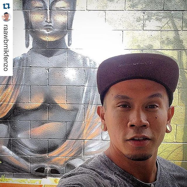 #Repost @raawbmikfenzo with ・・・ At the studio trying to get things done before the weekend.. Happy Friday ya'll !! ✌🏼️ Enjoy and be safe 🙏🏼.. #indefenzos #williamsandcompany #w&co #cafe #studio #burbank #mural #wallart #buddha #comecheckusout
