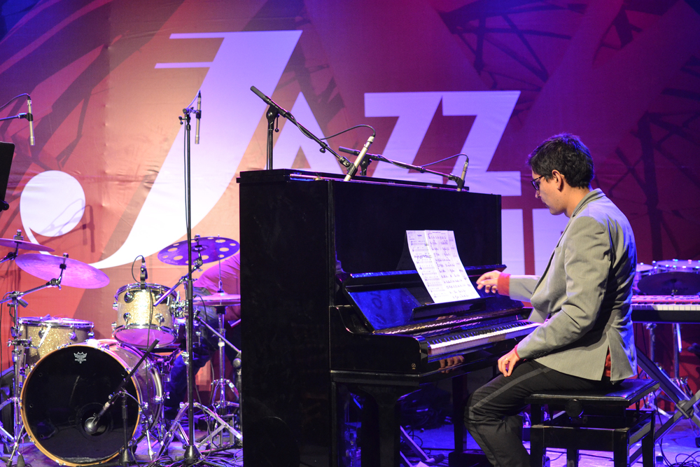 Jazz Club_Noa Lur-3.jpg