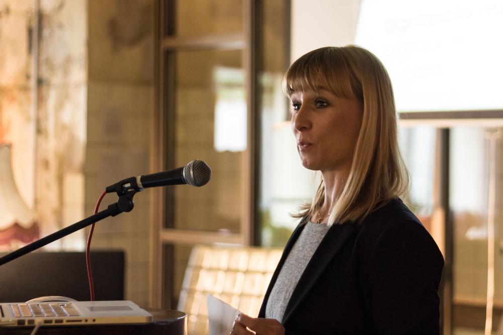 """Kerstin Hartig, Architektin und Stadtplanerin bei ihrem Vortrag """"Argropolis München – eine metropolitane Nahrungsstrategie"""""""