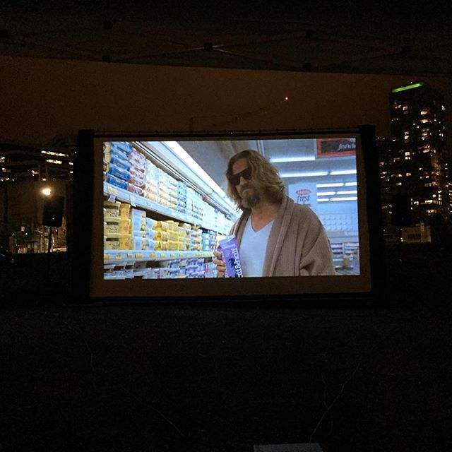 #neighborhood movie night with #thebiglebowski starts now. #allriseseattle