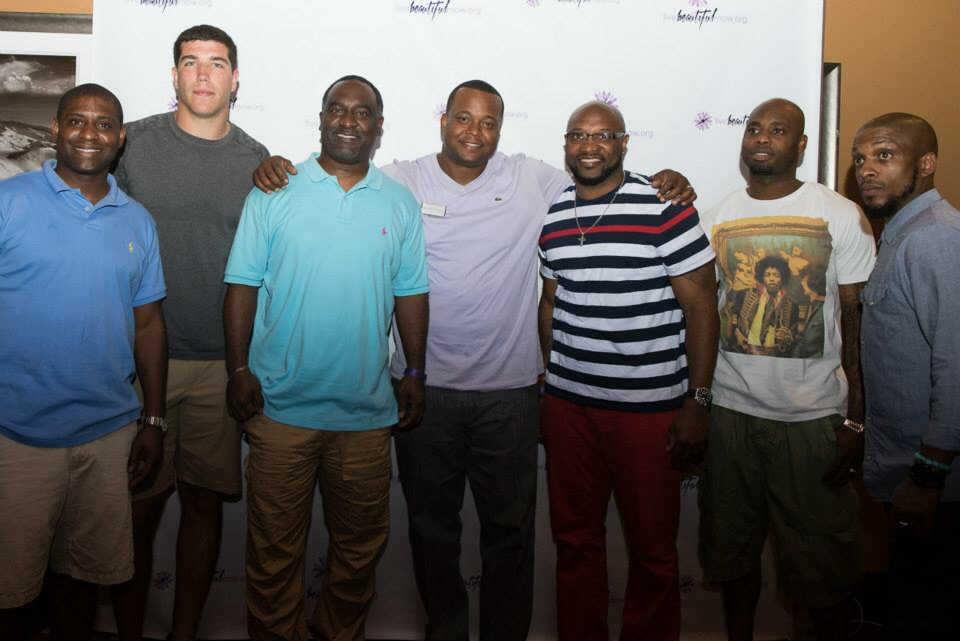 Thank you Steve brown, Houston TEXANS and Barber to the Stars, Ali for attending our event !