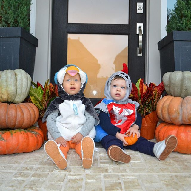 Annual costumed photo opp w these two besties... the penguin is a serious moving target!!! #halloween🎃