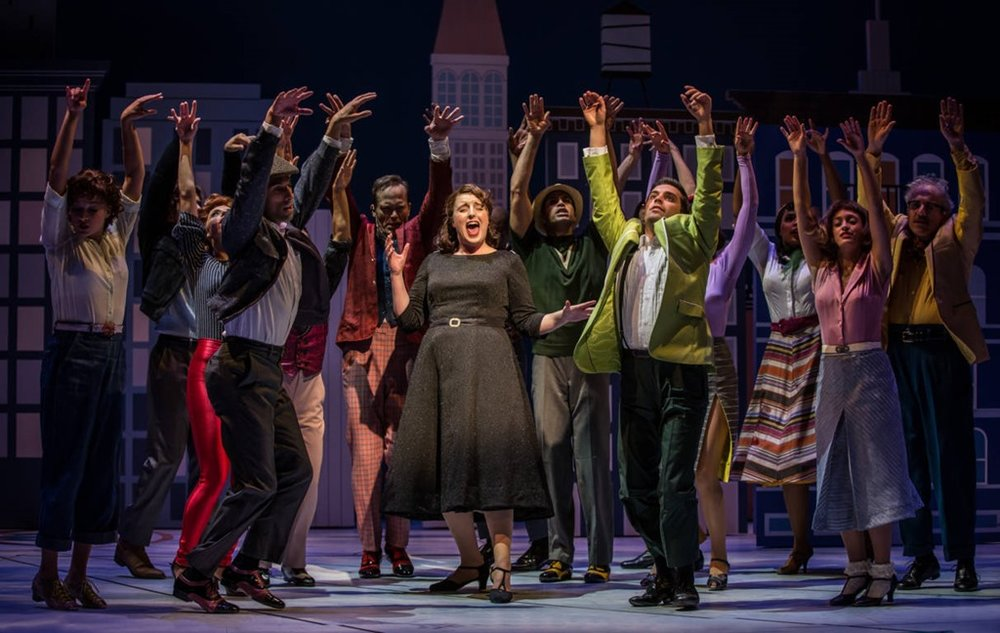 Bri-Sudia-as-Ruth-sing-Swing-in-Wonderful-Town-Goodman-Theatre.jpg