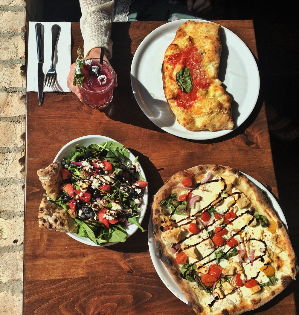 Above: Bella Mora (drink, top left), Primavera (salad, bottom left), Calzone (top right), Chicken Tuscany (pizza, bottom right)