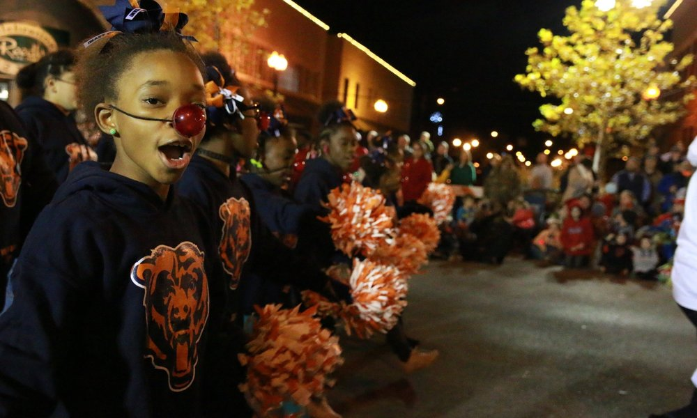REED'S CHRISTMAS PARADE -
