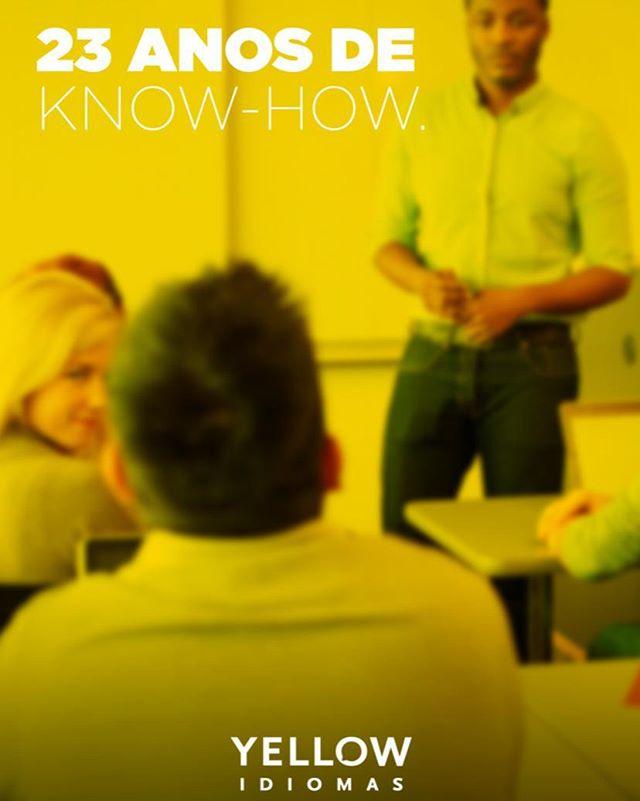 Nossos professores prezam pelo cuidado individual com os alunos. Além dos certificados de universidades estrangeiras, como o Certificate of Advanced English (CAE), todos eles têm pelo menos 23 anos de experiência em sala de aula. Sem falar do conhecimento em novas metodologias, o que faz deles a cara da Yellow. 🤓