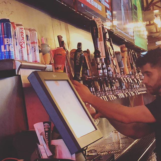 Pouring the perfect Italian #craftbeer pint!  @birra_ama pouring fresh in Ann Ama Michigan. #craftyimports #drinkitaly #Bionda thanks to our friends @onwbeer @dsmith1227 #cheers